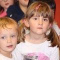 Emma in Eva praznujeta skupaj: 3 in 5 let