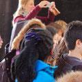 Für den Schulunterricht werden Fotos gemacht.