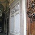 歴史的なミュージアムのように素敵な外観のショールーム MILANO