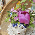 ポーランドの器にお花アレンジ 器¥2750/お花アレンジ¥2000