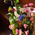 3月 セリンセ(濃紫)/ギリヤレプタンサ(紫)/ラナンキュラス(薄ピンク)/ローダンセ(ピンク)