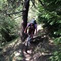 nach einigen Höhenmeter Richtung Tal erblickten wir immer wieder Trails