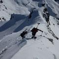 Die letzten Meter, schulterten wir noch mals die Ski