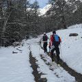 den es war bald Schnee genug, der ein Aufstieg mit den Skiern ermöglichte