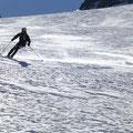 Tini nun auf den Skiern, wo er sich richtig wohl fühlte