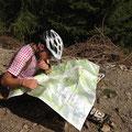 """Immer wieder musste uns """"die Karte"""" weiterhelfen, da kein Weg oder Trail ersichtlich war"""