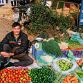 Boxenstopp und Proviant-Einkauf auf dem Markt in Thuan Chau, einem größeren Dorf zwischen Son La und Dien Bien Phu