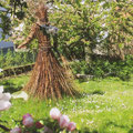 Unsere Waldfee im Garten