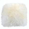 Coussin en peau de mouton islandaise blanche