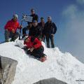 richtig orientierte Splittergruppe am Gipfel