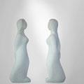 Stolze Frau | portugiesischer Marmor | 50 cm | 2013 | € 2.600.-