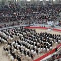 Messe dans les arènes d'Arles