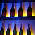 montar un negocio Detalle de botellero colgado fabricación propia
