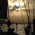 Ankunft in Vulcano bei Sonnenuntergang