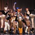 """""""Cats"""" - Modern Dance Stück von Sally Bennett"""