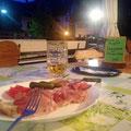 Abendbrot im Hotel Adler (ich bin der einzige Gast)