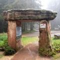 das nächste Portal an der Freiersberger Hütte (mitten im Wald, nicht zum Übernachten)