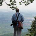 Pascal K'in auf dem Maennelstein, von den keltischen Göttern namens Men (Mond) und El (Sonne) abgeleitet