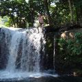 """Pascal K'in """"sobrevolando"""" una de las hermosas cascadas de """"Las Gemelas"""" cerca de la Playa de Montepío jejeje..."""