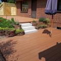 Sichtschutzelemente aus Holz, WPC Terrasse und Granitblockstufen von GreenFairway e.K.