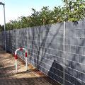 Doppelstabmattenzaun inkl. Sichtschutzstreifen von GreenFairway e.K.