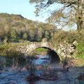 Le petit pont de pierre sur le Rabutin