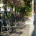 Vorzone mit Fahrradständern
