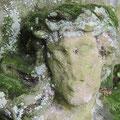 Pluwig. Altes Konderkreuz. Das Haupt des gekreuzigten Jesus ist schon stark verwittert. (Altes Konderkreuz, Detailaufnahme). Foto: Theophil Schweicher
