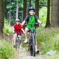 familien ausflug mit dem fahrrad in der eifel