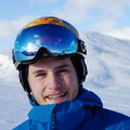 Skischule Muenchen Skilehrer Team - Aron - Portrait