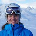 Skischule Muenchen Skilehrer Team - Laura - Portrait
