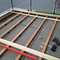 Terrassendielen-Unterkonstruktion aus Hartholz