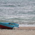 nunenすぐ近くの海に船