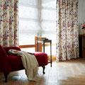 バラ色の暮しカーテン