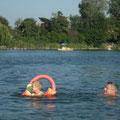 Er vorne, ich hinten - Badespaß im August 2009, Alte Donau, Wien