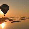 eine Fahrt mit dem Heissluftballon