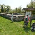 Die Grundmauern der aus dem 10. Jahrhundert stammenden Weltenburg auf dem Frauenberg