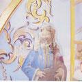 Aquí podemos ver el estado en el que se encontraban las pinturas antes de la restauración.