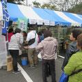 午前中は暖かい蕎麦、午後は冷たい蕎麦がよく売れました。