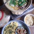 チラシ寿司、ピリ辛味噌の黒豚鍋