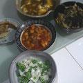 揚げ出し豆腐 破竹と蕗の煮物 大根サラダ エビチリ