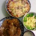 レンコンと豆腐のハンバーグ マカロニサラダ レンコンスープ 手作りイカの塩辛ピザ 焼き大根
