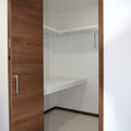 2階 寝室ウオークインクローゼット