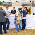Elite Flights, AS 350 B2 Ecureuil, HB-ZPF, Rundflugtag Gewerbeausstellung UNDOB 2019, Obersiggenthal, Verkaufsstand