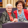Marianne Haugk und Sonja Henschke im Gespräch am 3.9.14
