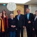 v.l.n.r. Sophie Micheel (Lektorin), Marie Müller (Illustratorin), Manfred Uhlig (Autor), Rolf Garmhausen (Co-Autor), Dirk Kohl (Weltbuch Verlag) und Wolfgang Knappe (Heinrich-Schütz-Residenz)