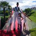 Stelzengeher Casino Velden Verlobungsfreier von Richard Lugner