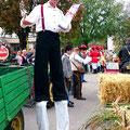 Sankt Veit Wiesenmarkt Stelzengeher