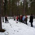 Экскурсию проводят опытные специалисты-экологи В.А.Сержант и Р.А.Ибраева