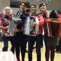 Karine, Mady, Floria et ....Gilou en gala à Etrechy